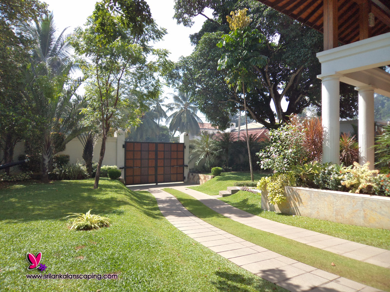 Garden landscaping in sri lanka pdf for Garden designs sri lanka